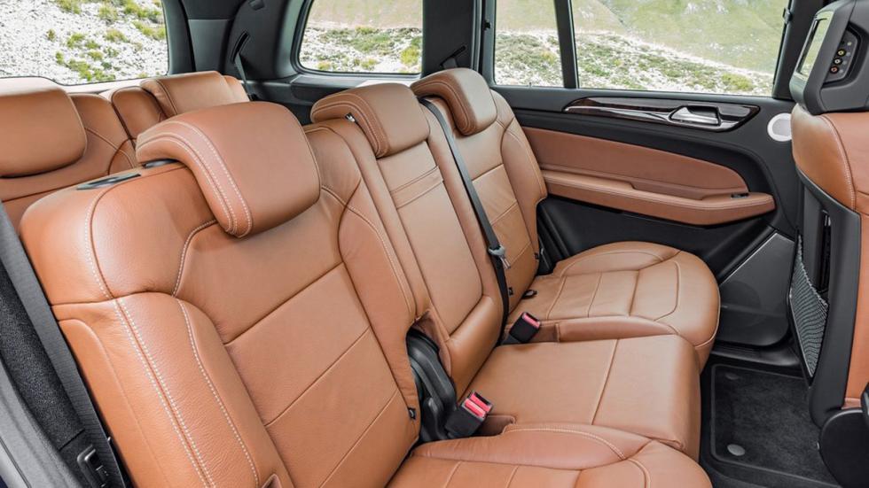 Mercedes GLS 2016 asientos traseros