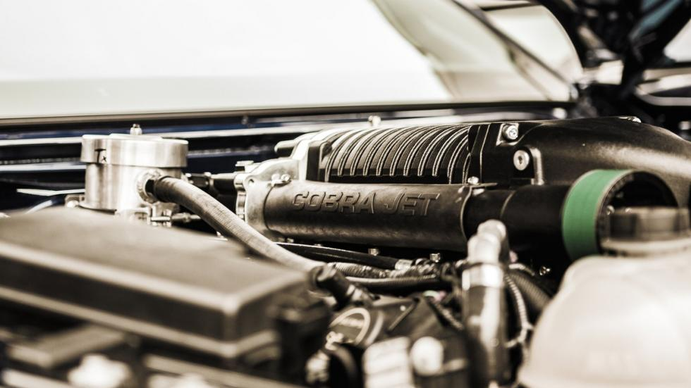 Ford-Mustang-Cobra-Jet-2016-motor