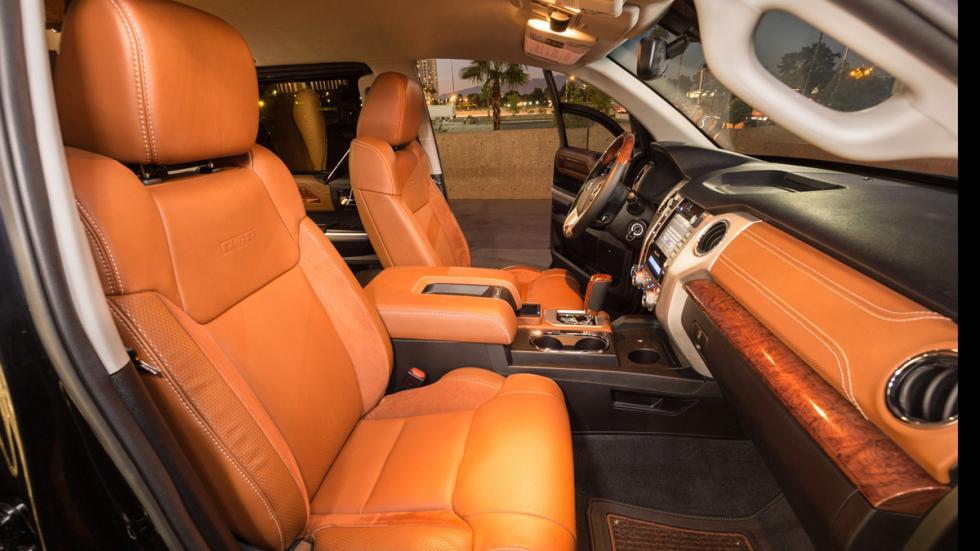 Toyota-Tundrasine-asientos-delanteros