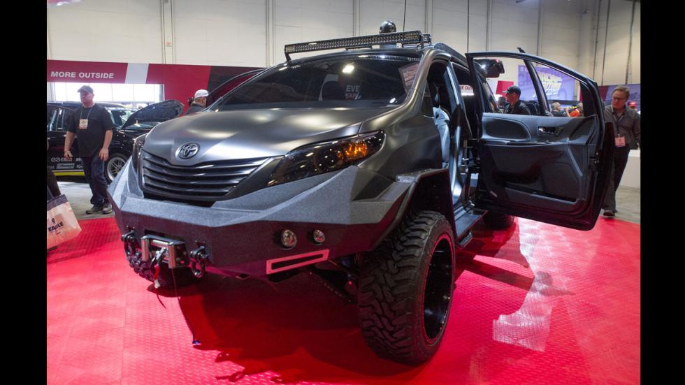 Toyota-Ultimate-Utility-Vehicle-delantera
