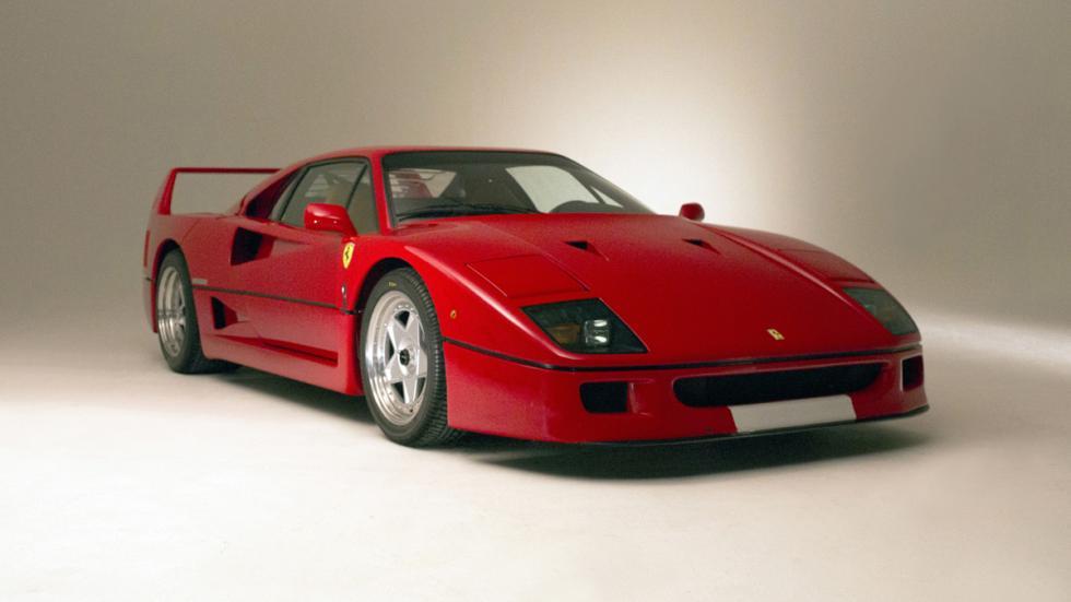 peores-coches-atasco-Ferrari-F40
