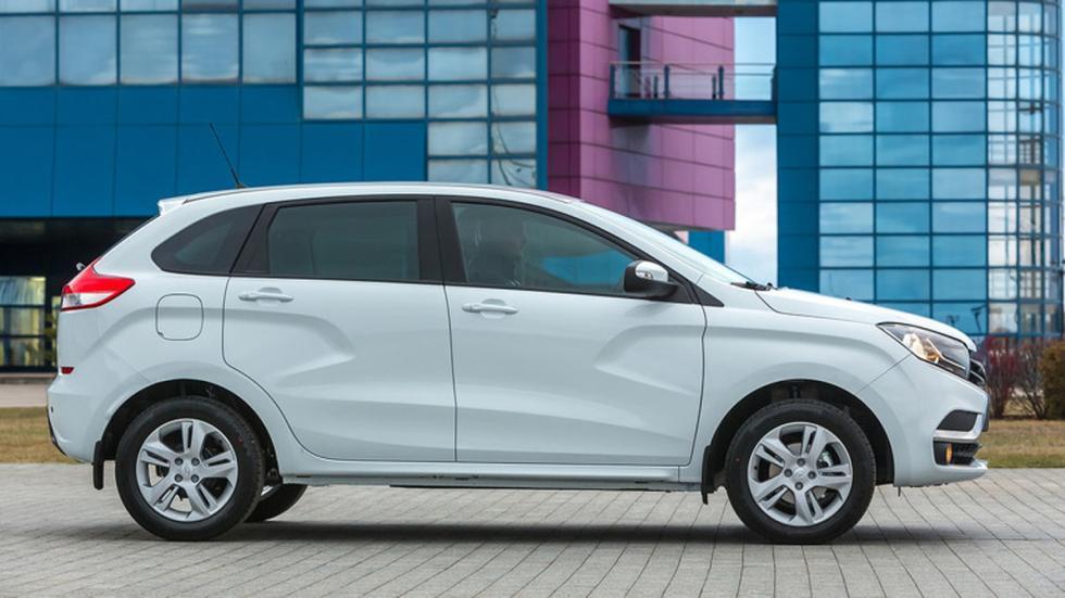 Lada Xray 2015 perfil