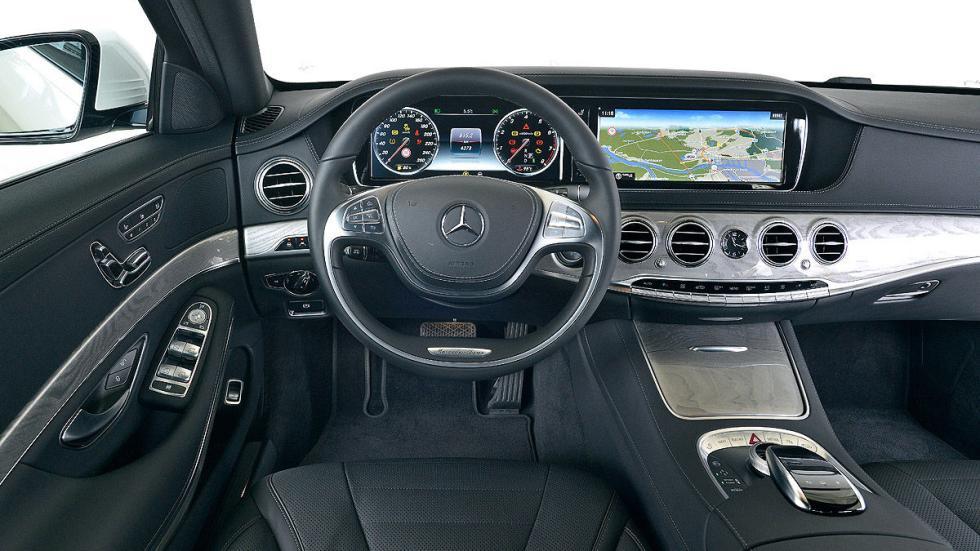 Mercedes Clase S volante