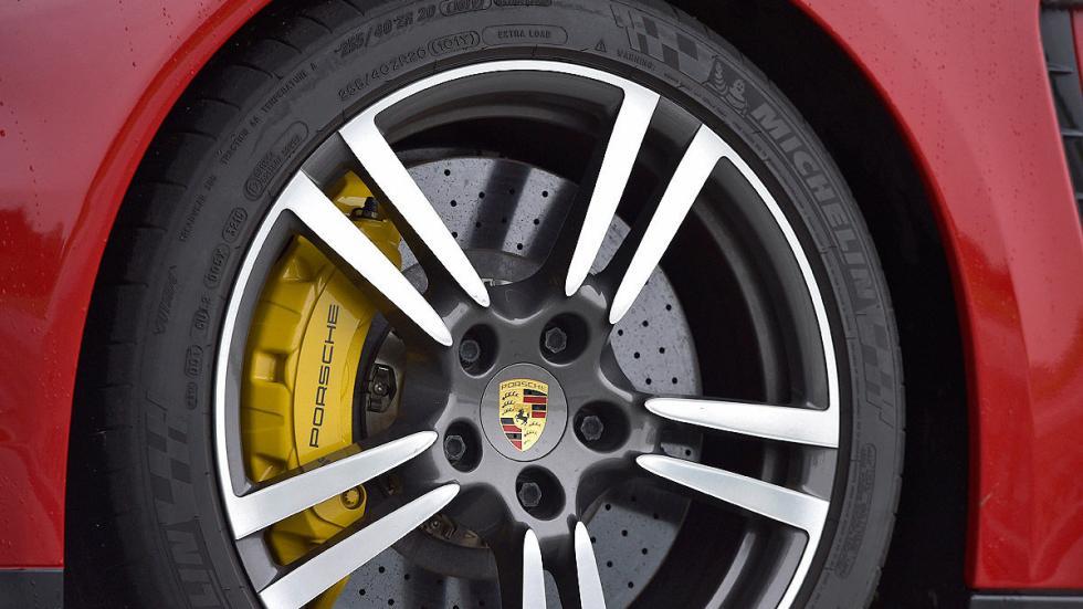 Porsche Panamera llanta