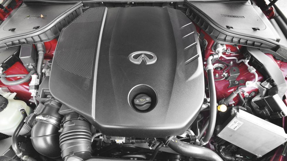 Infiniti Q50 motor