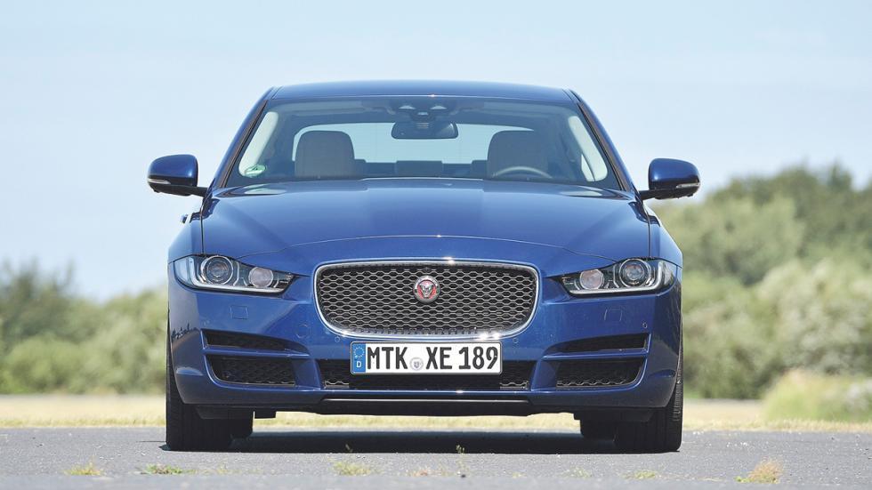 Jaguar XE frontal