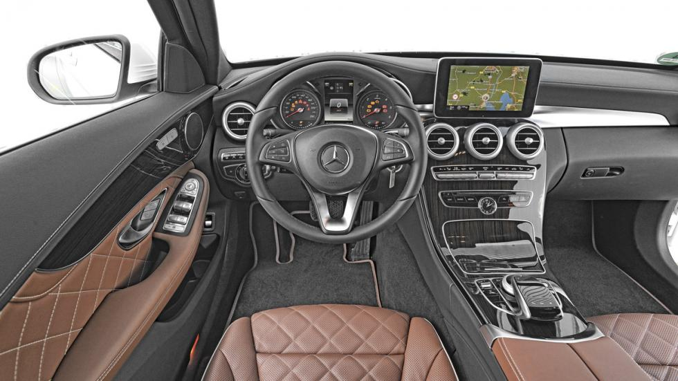Mercedes C 220d interior