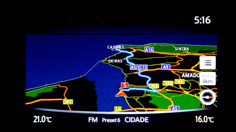infiniti q30 sistema navegación