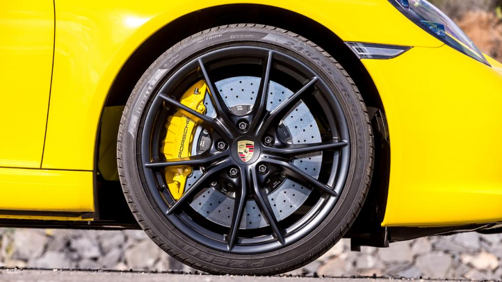 Porsche 911 Carrera S Cabrio 2015 llantas negras