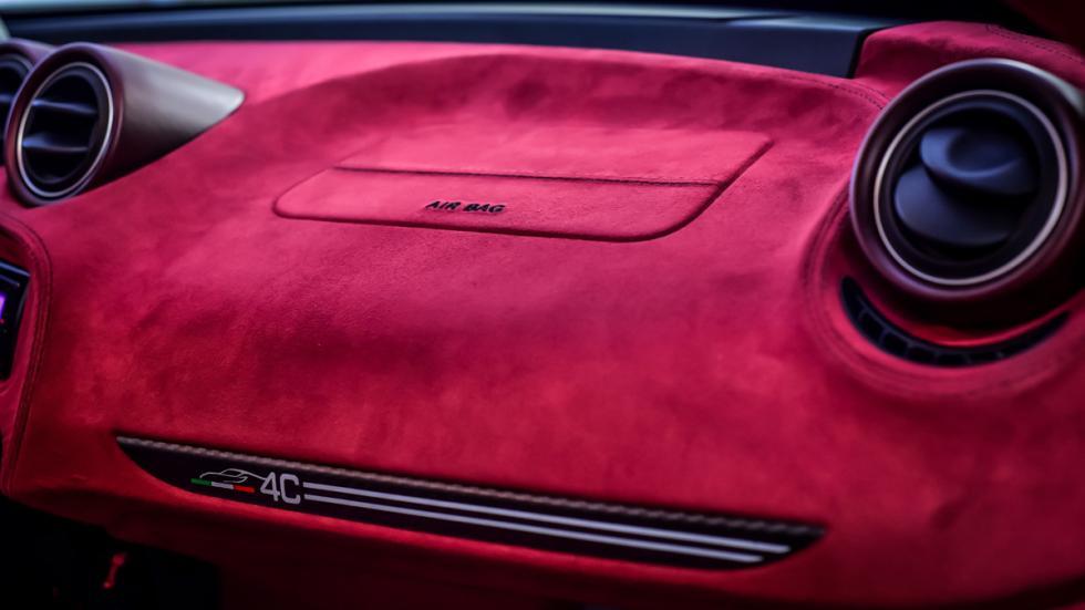Alfa-Romeo-4C-La-Furiosa-detalle