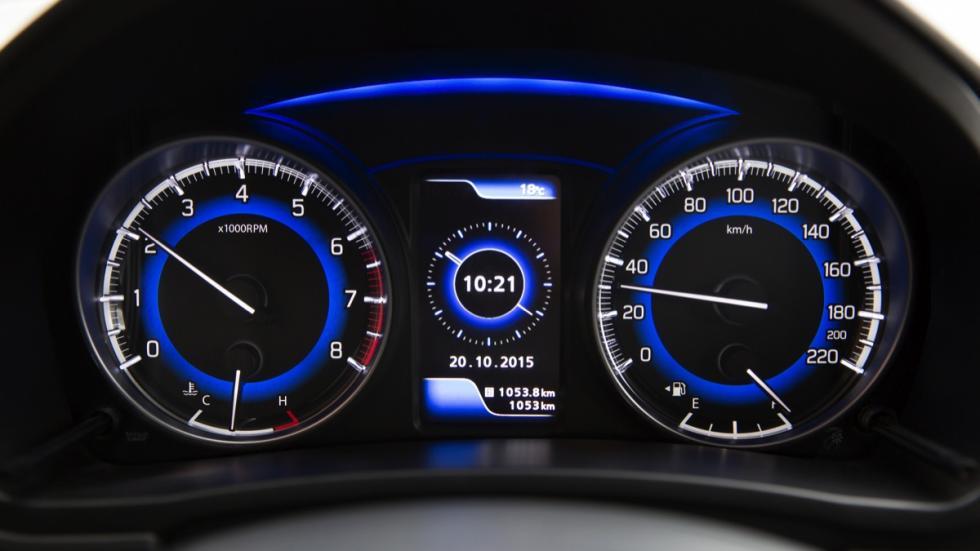 Suzuki Baleno 2015 relojes