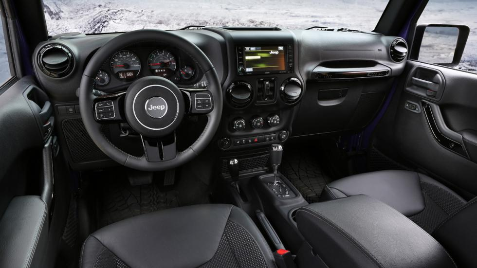 Jeep Wrangler Backcountry interior