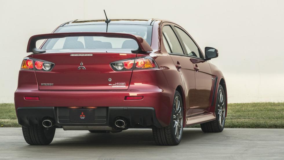 Mitsubishi Lancer Evo Final Edition trasera