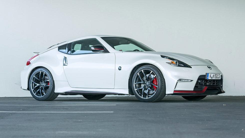 Nissan Nismo lateral