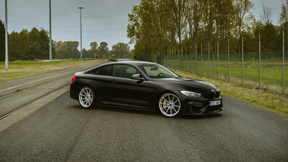 BMW-M4-Coupé-Vorsteiner-frontal