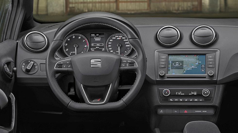 Prueba: Seat Ibiza Cupra 2015. Rabia concentrada. Interior.