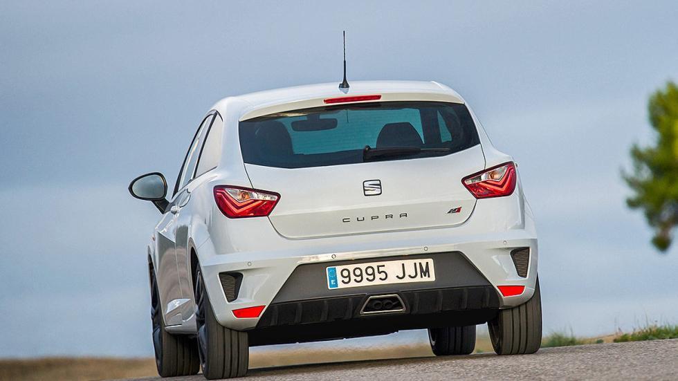 Prueba: Seat Ibiza Cupra 2015. Rabia concentrada. Zaga dinámica.