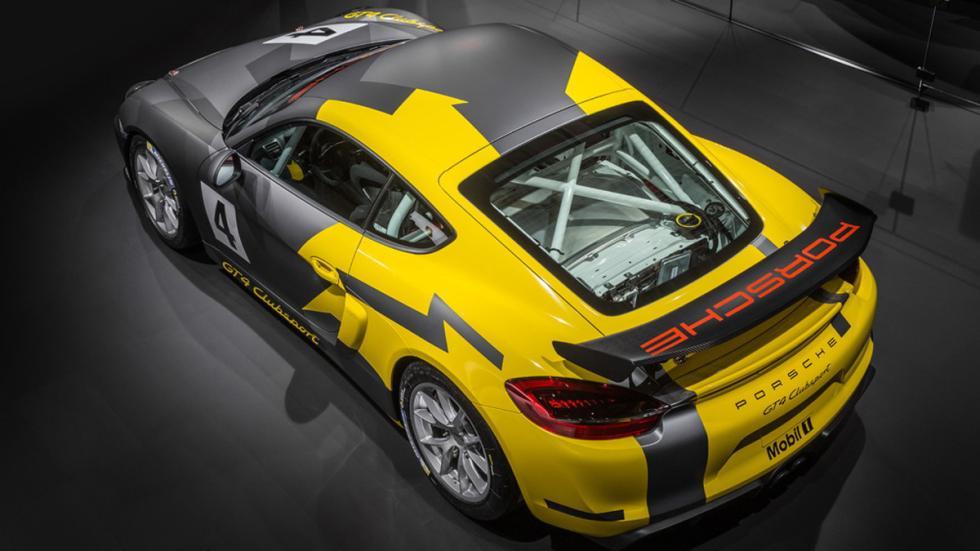 Porsche Cayman GT4 Clubsport trasera
