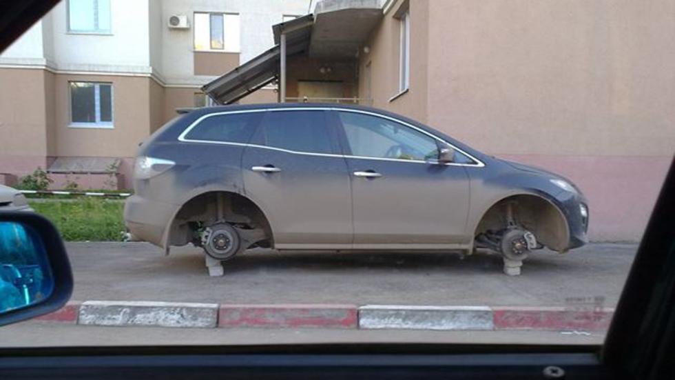 coches-víctimas-venganzas-mazda