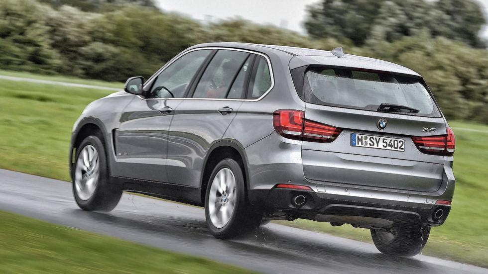 Comparativa SUV lujo BMW X5 trasera
