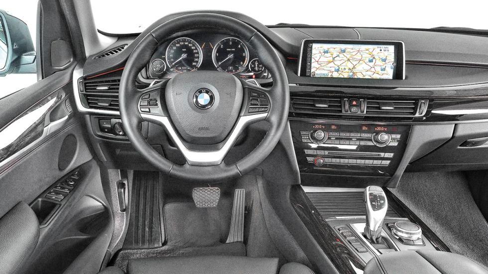 Comparativa SUV lujo BMW X5 interior