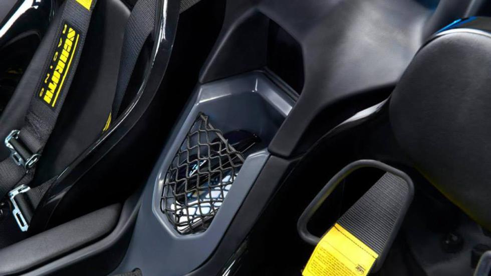 Zenos E10 R asientos