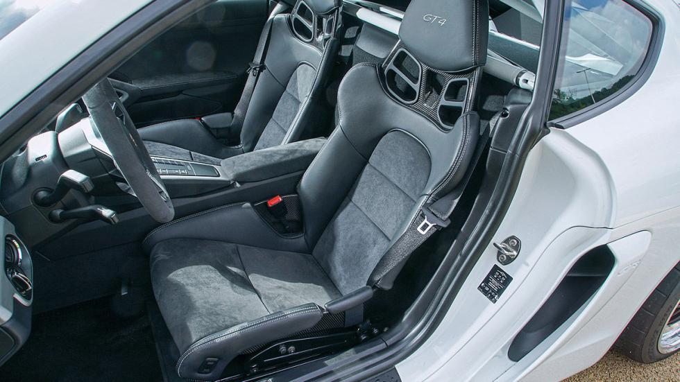 Porsche Cayman GT4 asientos