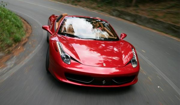 Ferrari 458 Spider delantera