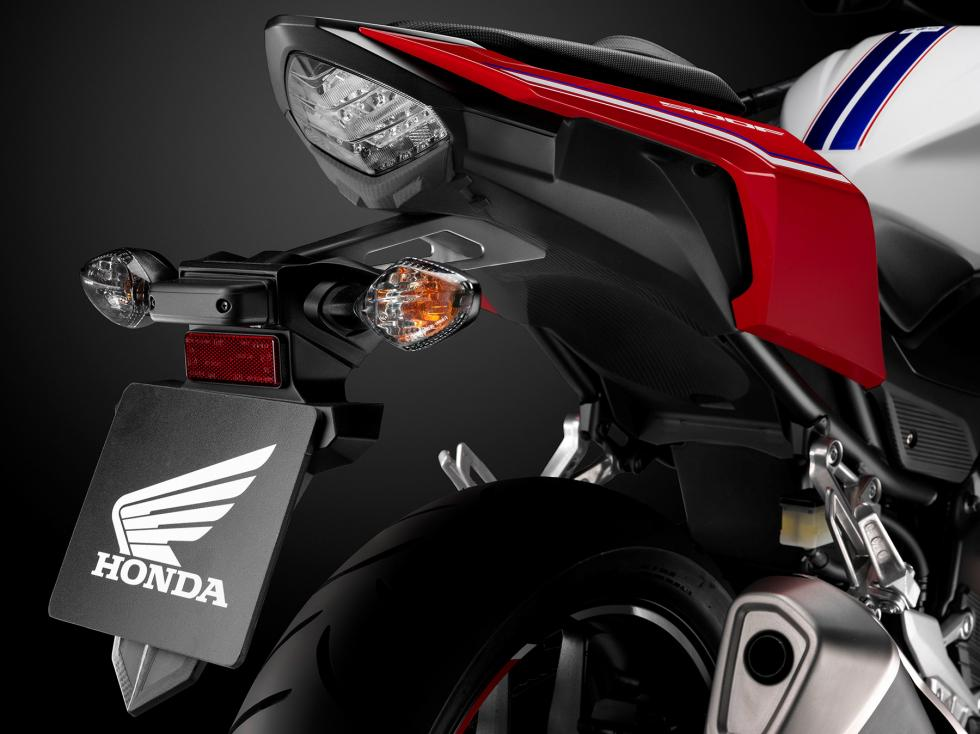 Honda-CB500F-21