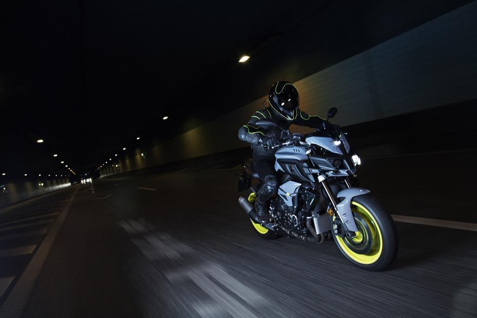 Yamaha-MT-10-7