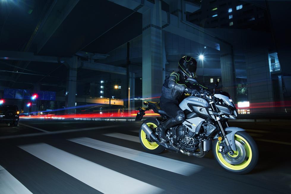 Yamaha-MT-10-12