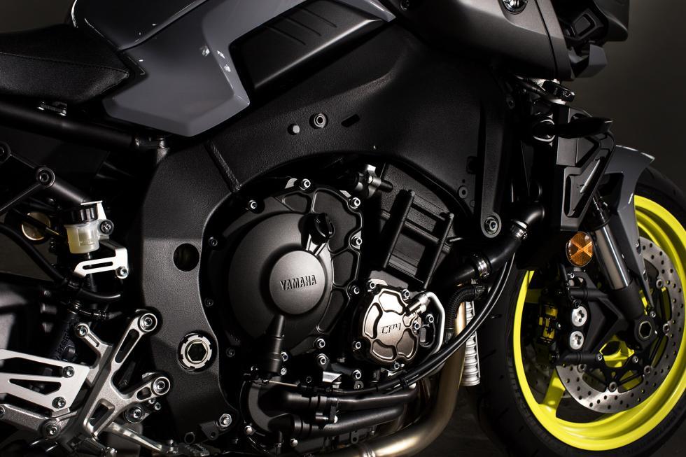 Yamaha-MT-10-13