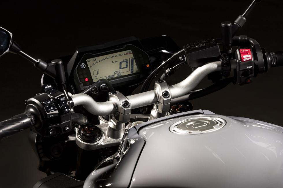 Yamaha-MT-10-14