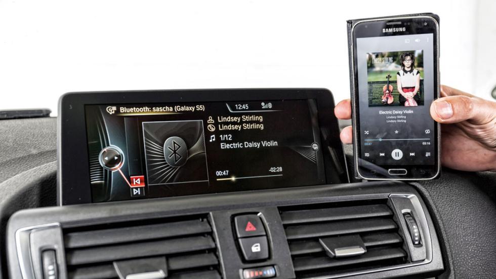 BMW 116i conectividad