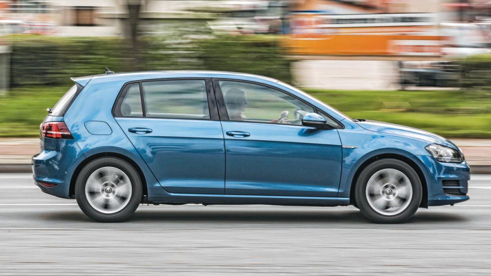 Volkswagen Golf 1.0 TSI perfil
