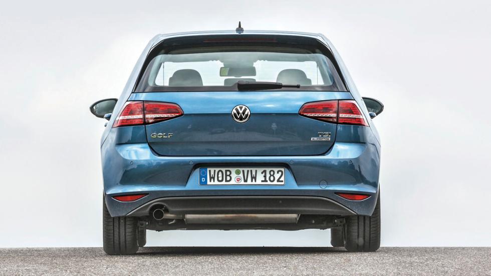 Volkswagen Golf 1.0 TSI trasera
