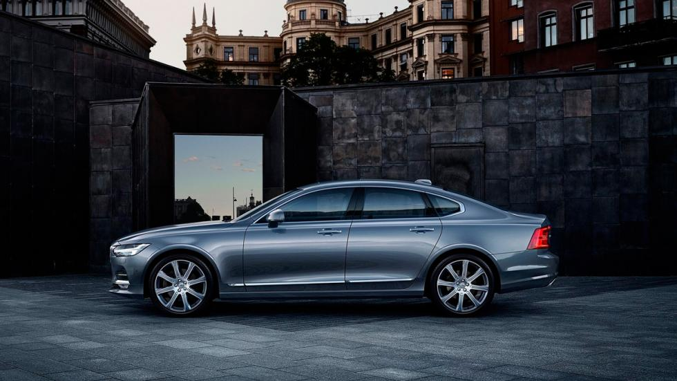 Volvo S90 lateral