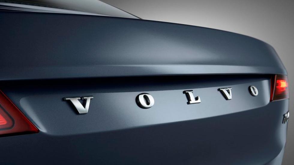 Volvo S90 inscripción maletero