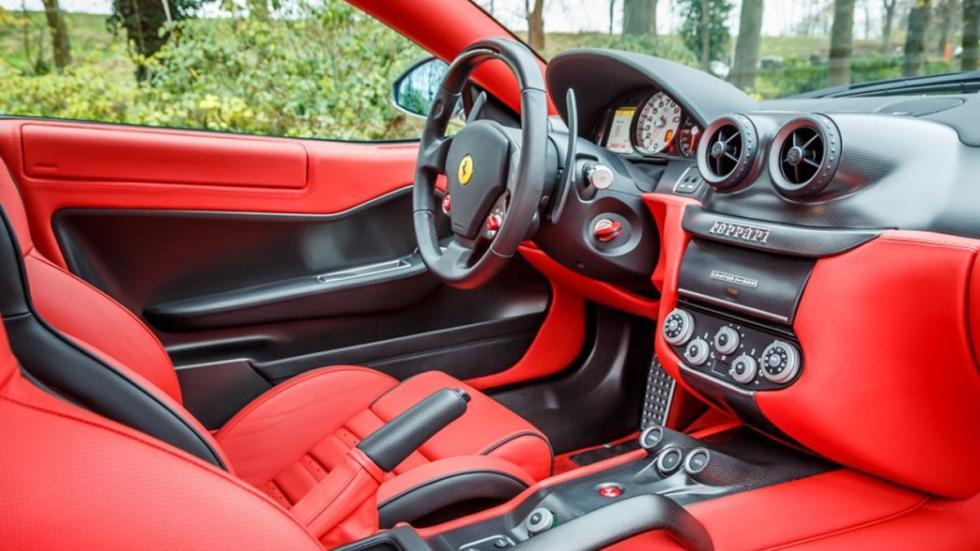 Ferrari 599 GTO venta interior