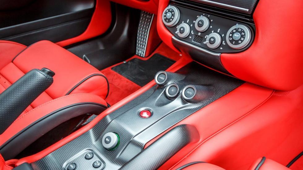 Ferrari 599 GTO venta carbono interior
