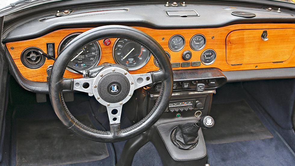 Triumph TR detalle volante
