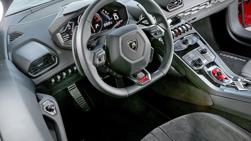 Prueba bestial: Lamborghini Huracán LP 580-2 volante