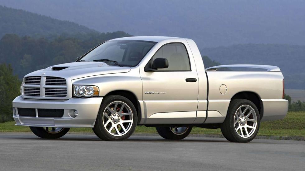 coches-lobo-piel-cordero-Dodge-RAM-SRT10