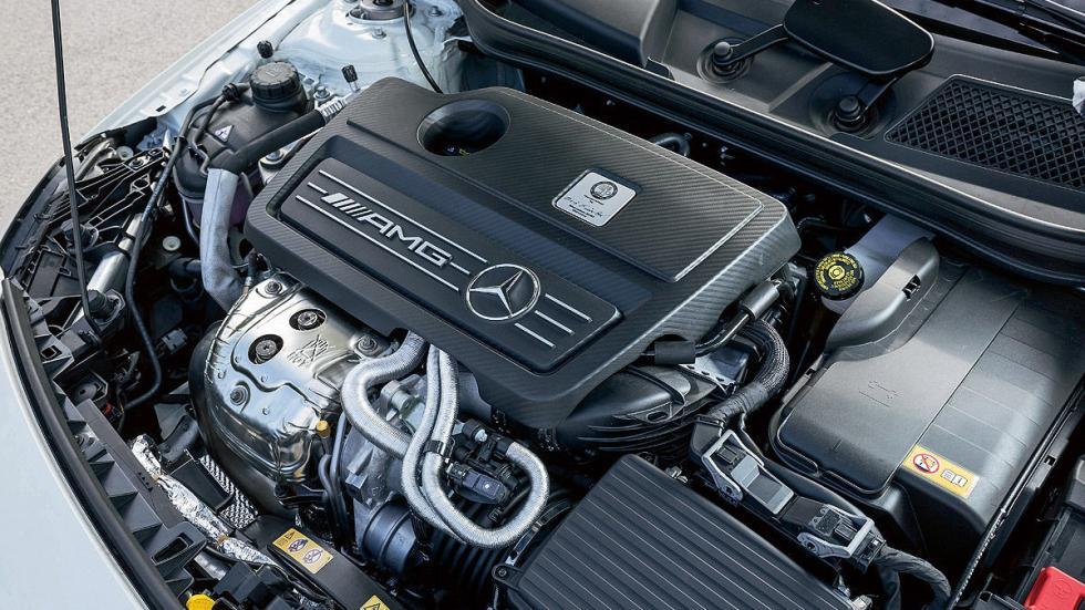 Mercedes AMG A45 motor
