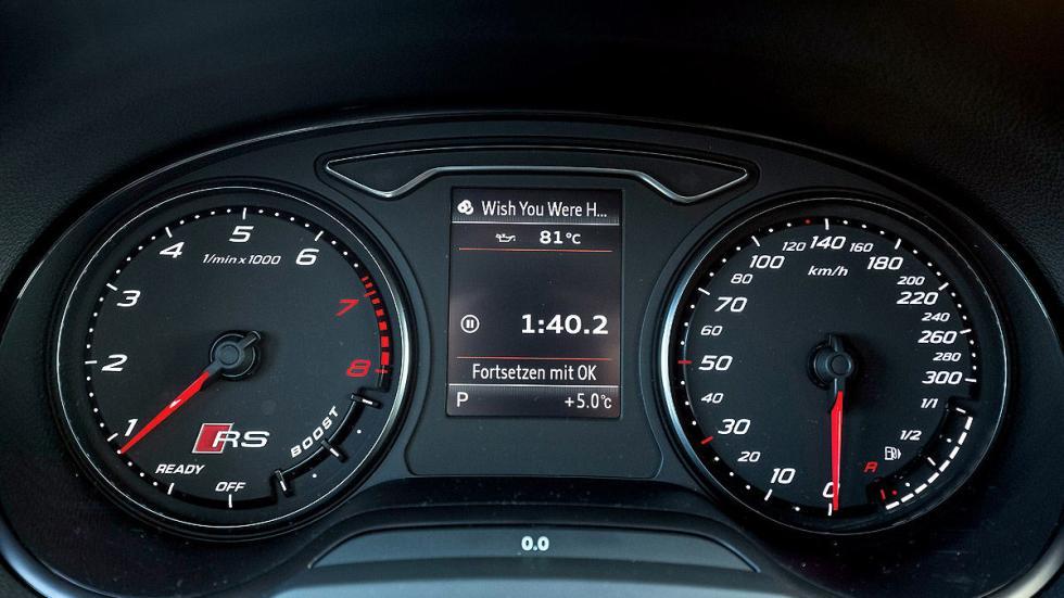Audi RS 3 detalle relojes
