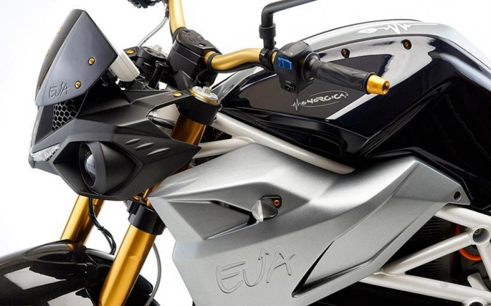EVA-naked-eléctrica-95-CV