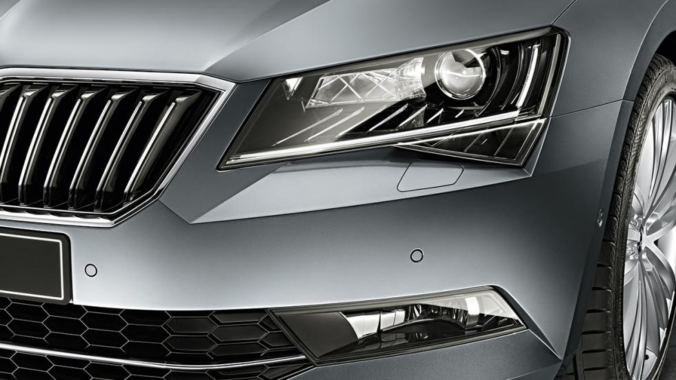 Skoda Superb Smart Light Assist 2