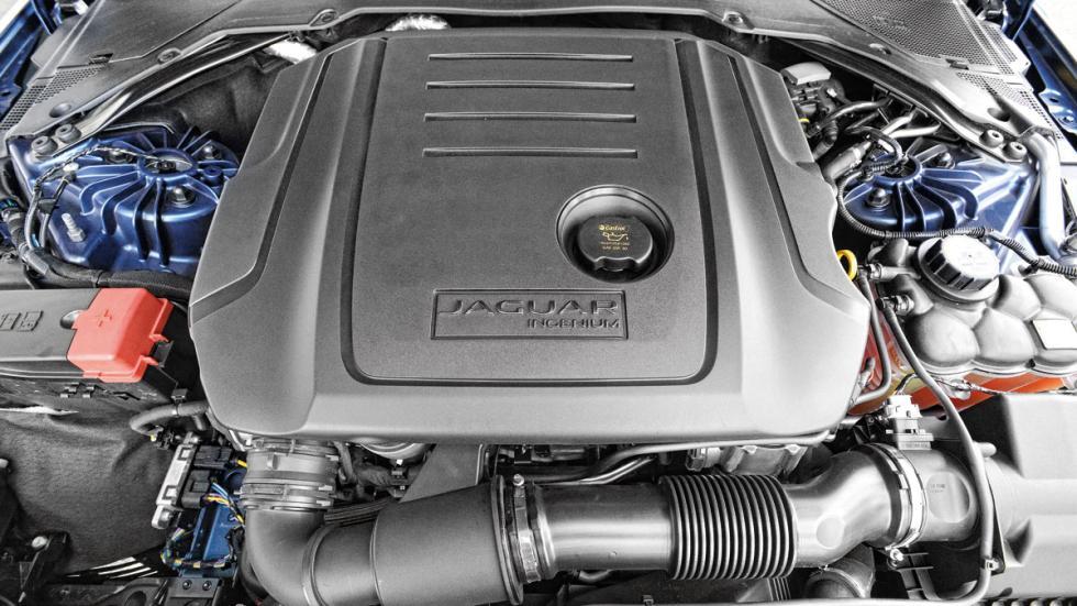 Jaguar-XE-200-motor