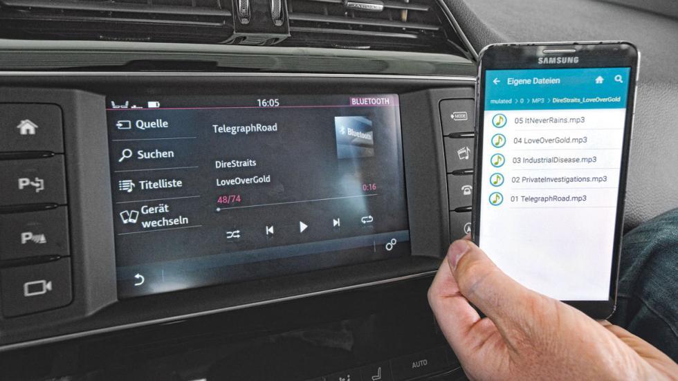 Jaguar-XE-200-pantalla-conectividad