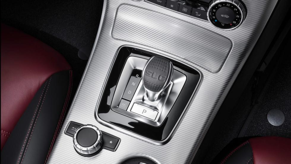 Mercedes SLC consola
